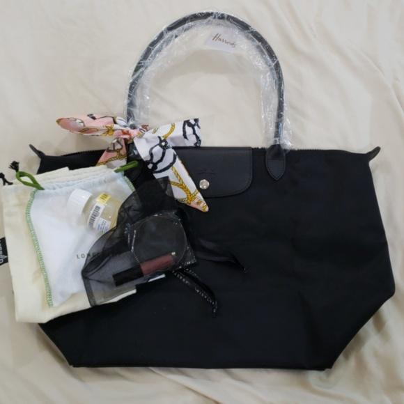 Longchamp Bags   Le Pliage Neo Black Tote Set   Poshmark 87a2684aa7